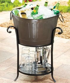big planter for get togethers outside.  Nice idea! ^_~ Michelle this is what we need as a summer project