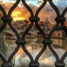 Lungotevere , Roma .... @goblin_cz #roma #ig_lazio #ig_roma #ig_italia #italia365 #rome #visitrome #ig...