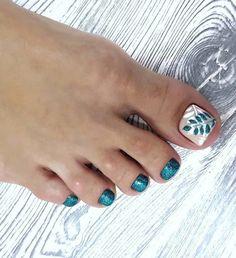 Pedicure Designs, Manicure E Pedicure, Toe Nail Designs, Minimalist Nails, Cute Toe Nails, Toe Nail Art, Creative Nail Designs, Beautiful Nail Designs, Creative Decor