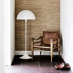Panthella, by Verner Panton - Louis Poulsen Luminaire Sur Rail, Luminaire Led, Lampe Led, New Home Wishes, Scandinavia Design, Interior Decorating, Interior Design, Scandinavian Interior, Home Interiors