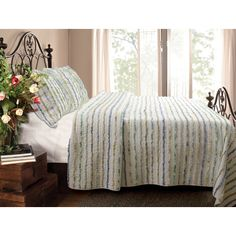Greenland Home Fashions Jasmine Ruffle Quilt Set