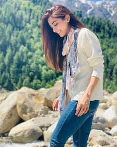 Maya Ali Celebrated Eid Days in Northern Areas of Pakistan Best Photo Poses, Girl Photo Poses, Girl Photography Poses, Girl Poses, Stylish Photo Pose, Creative Fashion Photography, Maya Ali, Pakistani Girl, Pakistani Models