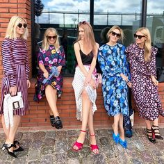 Solskinspause efter @lovechild1979  Next up  @baumundpferdgarten #cphfw #elledanmark via ELLE DENMARK MAGAZINE OFFICIAL INSTAGRAM - Fashion Campaigns  Haute Couture  Advertising  Editorial Photography  Magazine Cover Designs  Supermodels  Runway Models