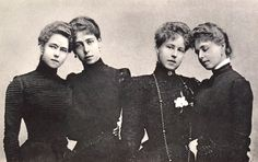 "Princess Alexandra Saxe Coburg Gotha princess Hohenlohe Langeburg with her three sisters. From left to right, Beatrice""Baby Bee""Duchess Galliera, Victoria Melita""Ducky""GD Hesse+Victoria Feodorovna GD Russia Alexandra""Sandra"", and Marie ""Missy""of Romania Queen Victoria Children, Queen Victoria Family, Victoria And Albert, Princesa Victoria, Reine Victoria, Princess Beatrice, Prince And Princess, Adele, Hesse"