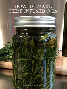 Herbal Medicine How to make Herb Infused Oils - Herbal Academy - There are many methods to infuse oil with medicinal and nutritional herbs. Here we will demonstrate how to make herb infused oils with rosemary and others. Herbal Remedies, Home Remedies, Natural Remedies, Health Remedies, Healing Herbs, Natural Healing, Infused Oils, Flavored Oils, Herbal Oil