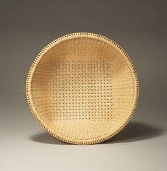 "The basket made of ""MATATABI"" (Silver vine) Tetsuo Sugaya"