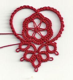 Ruffled heart motif by Vicki Clarke