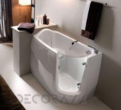 #bathroom #bath #shower #showerroom #tub #sink #washbawl #tap
