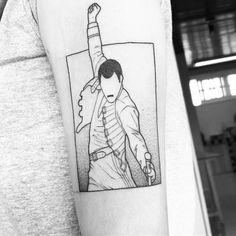 geometric tattoo abstract #Geometrictattoos Tatouage Freddie Mercury, Freddie Mercury Tattoo, Queen Freddie Mercury, Mini Tattoos, Love Tattoos, Body Art Tattoos, Tatoos, Judo, Freddie Mecury