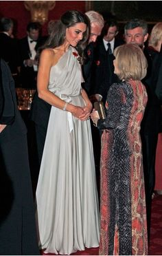 Kate Middleton does Jenny Peckham so well