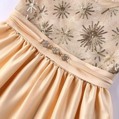 high-end European and American girls dresses Children's baby multi-process sequin embroidery fireworks elegant dress Cute Little Girl Dresses, Cute Little Girls, Girls Dresses, American Girl Dress, American Girls, African Dress, Fashion Hacks, Fashion Tips, Baby Dress