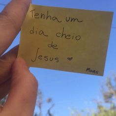Deus meu amor maior God Is Amazing, God Is Good, Savior, Jesus Christ, Jesus Wallpaper, Blessed Is She, King Jesus, Motivational Phrases, Jesus Freak
