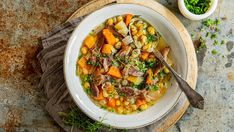 Foto: Sara Johannessen Meat Salad, Fish And Meat, Frisk, Ciabatta, Soups And Stews, Thai Red Curry, Soup Recipes, Side Dishes, Salads