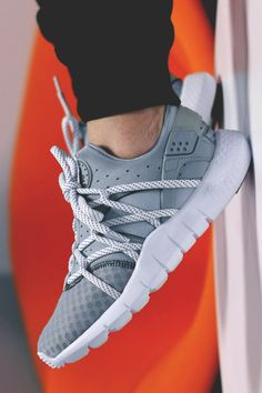 The Best Men's Shoes And Footwear : Nike Air Huarache NM: Grey. Nike Air Huarache, Nike Free Shoes, Nike Shoes Outlet, Toms Outlet, Sneaker Online Shop, Sneaker Stores, Cute Shoes, Me Too Shoes, Streetwear