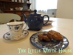 The Little White House On The Seaside: We Are Blue