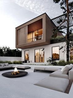 37 Stunning Contemporary House Exterior Design Ideas You Should Copy - Today, contemporary house plans are very intelligently designed to give utmost comfort to the people. These plans not only feature flexible floor spac. Architecture Design, Amazing Architecture, Contemporary Architecture, Design Architect, Minimal Architecture, Sustainable Architecture, Landscape Architecture, Contemporary House Plans, Modern House Design