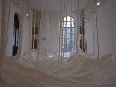 Takashi Kuribayashi - installation en papier washi.