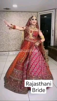 Indian Wedding Gowns, Indian Bridal Outfits, Indian Bridal Fashion, Pakistani Bridal Wear, Indian Fashion Dresses, Indian Wedding Video, Wedding Lehenga Designs, Designer Bridal Lehenga, Bridal Lehenga Choli