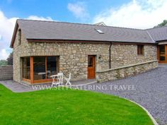 Beudy Bach Pet-Friendly Cottage