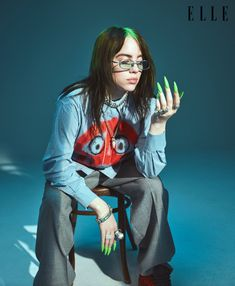 """""""The point is not: Hey, let's go slut-shame all these girls for not dressing like Billie Eilish. It makes me mad. I have to wear a big shirt for you not to feel uncomfortable about my boobs!"""" Billie Eilish for Elle's October music issue Billie Eilish, Selena Gomez, Women In Music, Elle Magazine, These Girls, Her Style, Pretty People, Outfit, My Girl"""