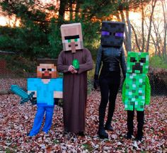 Carnaval está a la vuelta de la esquina y es más que probable que muchos todavía no tengáis preparado vuestro disfraz, e incluso no se os haya ocurrido una temática sobre la cual desarrollar vuestro disfraz. Con esta publicación intentaremos mostrar diversas opciones para disfrazarnos de algunos de los personajes de nuestro videojuego favorito. ¡Si, hoy tocan disfraces de Minecraft! Por supuesto, hay que tener en cuenta que esto sólo son algunas ideas que hemos podido recopilar por internet…