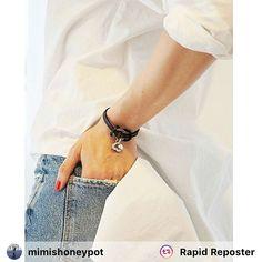 #repost von @mimishoneypot die unser Armband Vienna trägt und es mit einem schlichten Sommeroutfit perfekt kombiniert! #cowstyle #sommer #perfektesoutfit # #armband #accessories #leder #herz #austria #perfektgestylt #montagsfreude #wantwantwant #forher Fit, Women Jewelry, Fashion, Heart, Wristlets, Summer, Leather, Moda, Shape