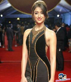 Ileana D Cruz - image gallery Bollywood Actress Hot, Beautiful Bollywood Actress, Indian Bollywood, Beautiful Indian Actress, Bollywood Fashion, Beautiful Actresses, Actress Anushka, Bollywood Girls, Bollywood Style