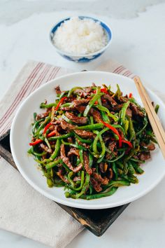 Beef and pepper stir-fry, seared over super high heat, is an easy, delicious weeknight dish. Add this beef and pepper stir fry to your weeknight rotation! Stir Fry Dishes, Stir Fry Recipes, Beef Dishes, Cooking Recipes, Veal Recipes, Asian Recipes, Healthy Recipes, Ethnic Recipes, Carnitas