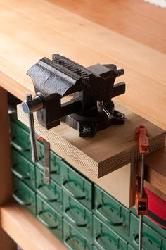 How to Install and Mount a Vise without Drilling Holes in Your Workbench | Man Made DIY | Crafts for Men | Keywords: how-to, diy, manmade-original, workshop