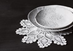 Doily printed dishes