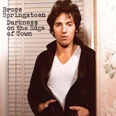 Carátulas de música Frontal de Bruce Springsteen - Darkness On The Edge Of Town. Portada cover Frontal de Bruce Springsteen - Darkness On The Edge Of Town Top Albums, Great Albums, Music Albums, Bruce Springsteen Albums, Lps, American Music Awards, Vinyl Lp, Vinyl Records, Album Covers