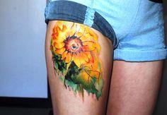 18 Sunflower Thigh Tattoo