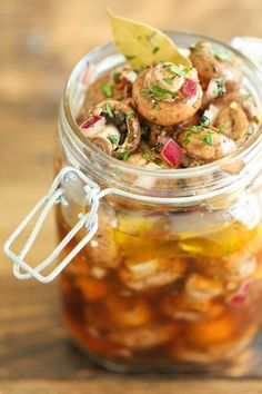 Easy Marinated Mushrooms - Quick, no-fuss with 10 min prep. You can even make these the night before! Perfect to feed a large crowd, and so irresistible! Slice mushrooms, sub shallot for red onion, let marinate at least two days. Marinated Mushrooms, Stuffed Mushrooms, Stuffed Peppers, Pickled Mushrooms Recipe, Marinated Cheese, Mushroom Recipes, Vegetable Recipes, Mezze, How To Cook Mushrooms