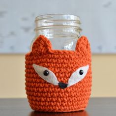 Free crochet pattern - Cute fox mason jar cozy
