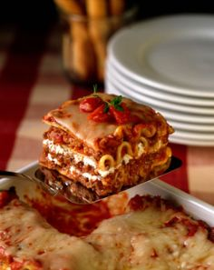 Basic Lasagna Recipe - Recipe for Lasagna with Meat Sauce