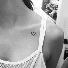 Small Heart Tattoo Ideas for Women - Small Tattoo Ideas Mini Tattoos, Bff Tattoos, Friend Tattoos, Couple Tattoos, Finger Tattoos, Body Art Tattoos, Small Tattoos, Tattoos Skull, Tatoos