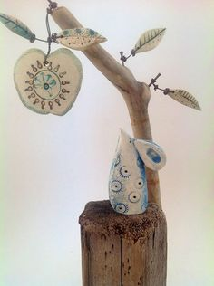 Ceramic Pottery, Pottery Art, Ceramic Art, Diy Clay, Clay Crafts, Paper Crafts, Clay Fairy House, Driftwood Crafts, Pottery Sculpture