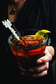 """New Orleans Vieux Carré Cocktail Recipe - The recipe for this potent drink, named for the French Quarter, or Vieux Carré (""""old square"""" in French), comes from the Hotel Monteleone's rotating Carousel Bar. Whiskey Cocktails, Classic Cocktails, Cocktail Drinks, Cocktail Recipes, Drink Recipes, Bourbon Drinks, Bourbon Recipes, Festive Cocktails, Cocktail Ideas"""