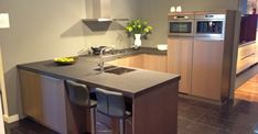 Positie 36 Bellisima, Cool Kitchens, Kitchen Island, New Homes, Interior, Table, Furniture, Home Decor, Google