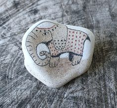 Beach Pottery Elephant with a Blanket by LillaJizo on Etsy
