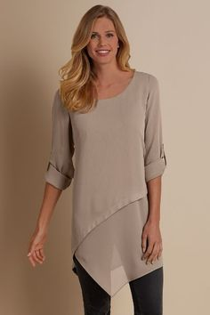 Swans Style is the top online fashion store for women. Casual Dresses, Fashion Dresses, Short Frocks, Curvy Fashion, Womens Fashion, Medieval Clothing, Apron Dress, Blouse Styles, Dress Patterns