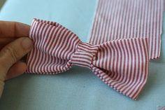 Super cute DIY bowtie that would make a great hair clip or headband!