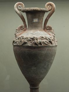 Etruscan silver clay amphora From Bolsena/Orvieto End of the 4tn cent. BC Florence, Museo Archeologico Etrusco