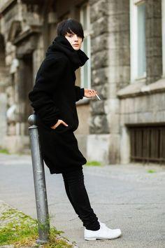 On the Street……Nicole, Berlin « The Sartorialist Fashion Books, Love Fashion, Trendy Fashion, Winter Fashion, Womens Fashion, The Sartorialist, Androgynous Girls, Androgynous Fashion, Style Androgyne