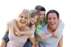 La Famiglia, il valore cardine alla base della nostra società e che da un senso alla nostra vita. Cosa saremmo stati senza la nostra famiglia e cosa saremmo senza di essa.........Un insieme in cui ci si riconosce.