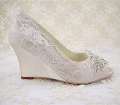 Hey, I found this really awesome Etsy listing at https://www.etsy.com/listing/220086547/wedding-shoes-peeptoe-bridal-shoes