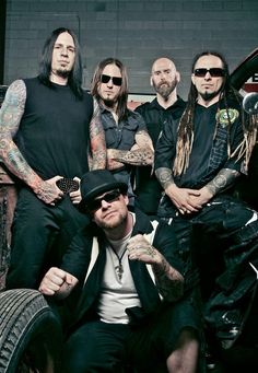 The boys in black <3