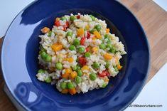 Orez cu legume reteta simpla si sanatoasa Savori Urbane Rice Recipes, Vegetarian Recipes, Healthy Recipes, Romanian Food, Secret Menu, Fried Rice, Broccoli, Side Dishes, Grains