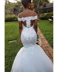 111 mermaid wedding dresses you admire page 4 Dream Wedding Dresses, Bridal Dresses, Wedding Gowns, Bridesmaid Dresses, Prom Dresses, Mermaid Wedding Dress Bling, Wedding Dresses With Bling, Floral Wedding, Lace Wedding