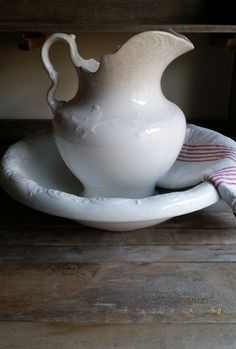 Antique Ironstone Wash Bowl & Pitcher by FARMHOUSE1711 on Etsy